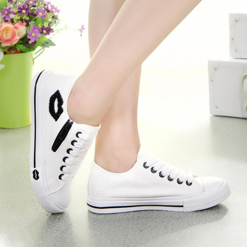 Women sneakers 2018 summer shoes casual white canvas shoes woman flats comfortable trainers zipper red lips tenis femininoWomen sneakers 2018 summer shoes casual white canvas shoes woman flats comfortable trainers zipper red lips tenis feminino
