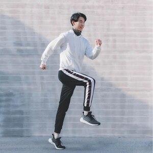 Image 2 - Стильные дышащие амортизирующие спортивные кроссовки Xiaomi FREETIE, удобные нескользящие мужские кроссовки для отдыха
