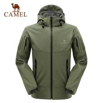 CAMEL Outdoor Men Softshell Jacket Polyester Camping Hiking Jackets Windproof Waterproof Jacket Male Rain Windstopper