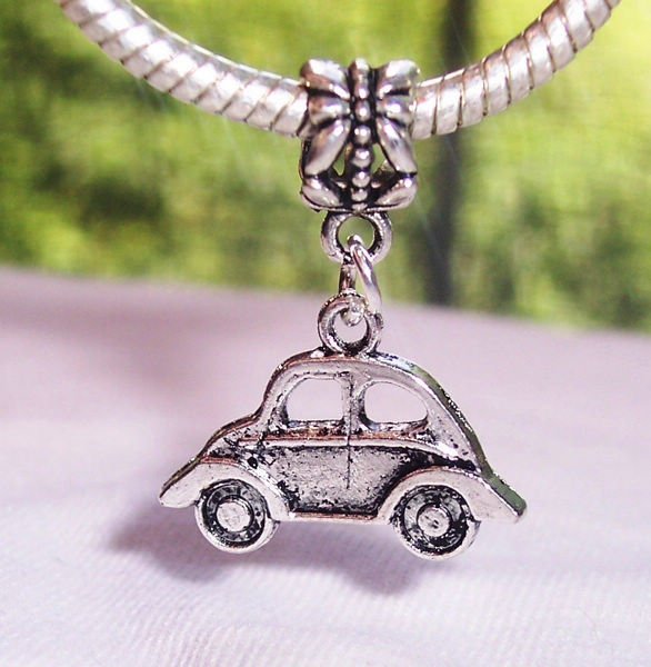 100pcs Ancient Silver Volkswagen Bug Car Dangle Charms Beads fit European Bracelet 28x22x2mm TY528