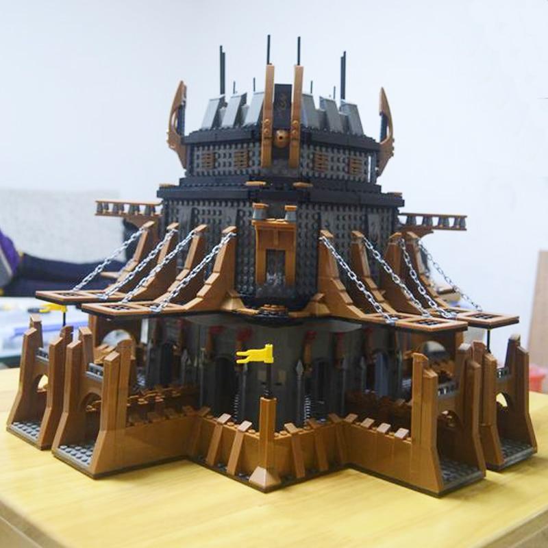 Model building kits compatible with lego Medieval Castle Knight  3D blocks Educational model building toys hobbies for children все цены