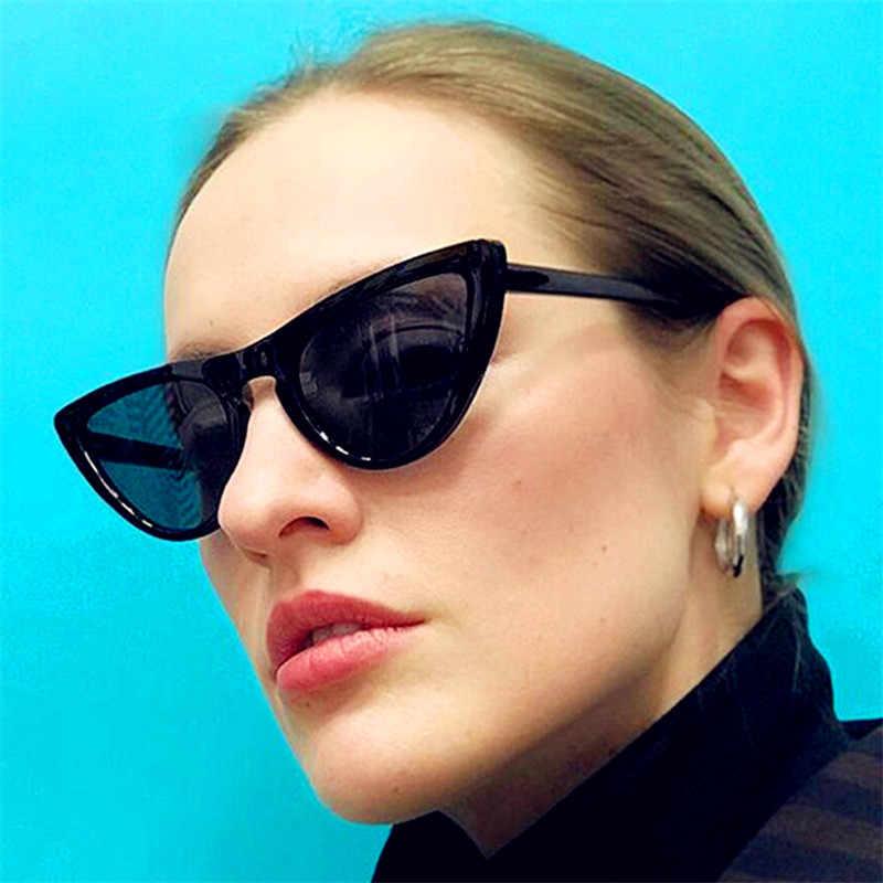4e3040b188 CURTAIN Lunette de Soleil New Retro Triangle Cat Eye Sunglasses Europe and  United States Trend Fashion