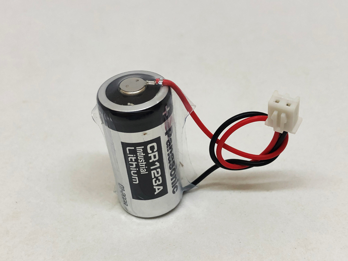 10pcs/lot New Original Panasonic 3V CR123A CR17345 DL123A Battery with plug special water meter, electricity meter and gas meter