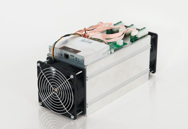 Free shpping YUNHUI AntMiner S9 13.5T Bitcoin Miner ( with psu ) Asic Miner Newest 16nm Btc Miner Bitcoin Mining Machine
