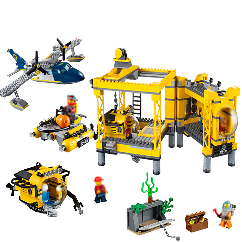 Lepin 02088 Genuine City Series The Deep Sea Opearation Base Set Building Blocks Bricks For children New Year Gift 1016Pcs lepin 02061 genuine city series the jungle exploration site set 60161 building blocks bricks christmas gift for children 870pcs