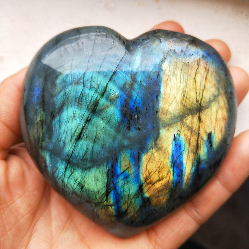 TOP 285g Natural Beautiful Rainbow Flash Labradorite Stone Crystal Heart healing