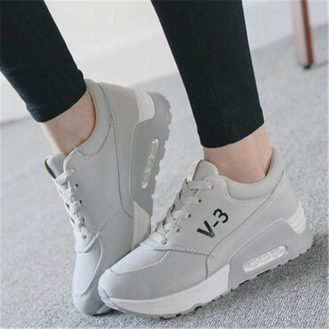 Mulheres formadores Nova Chegada sapatas de Lona Das Mulheres Altura Crescente Respirável Casual Shoes Lace up Shoes XK071410 scarpe donna