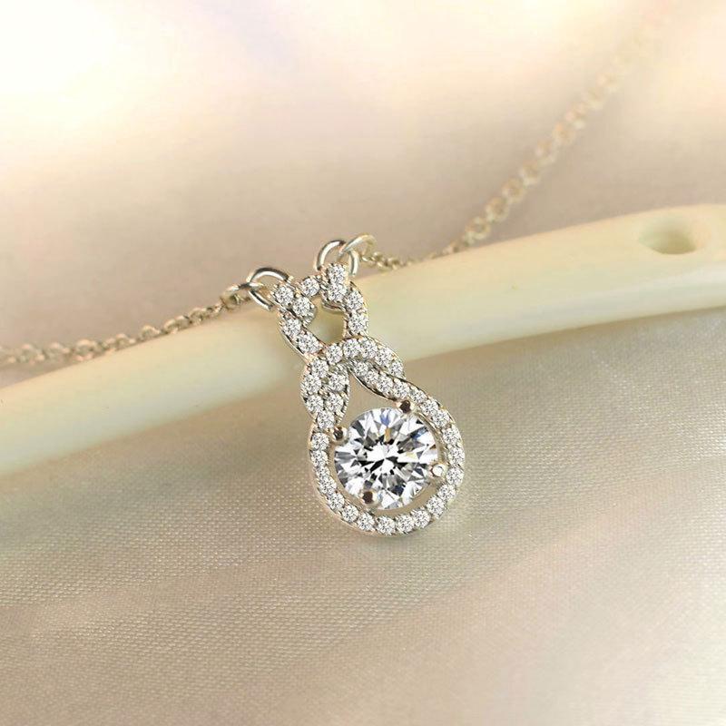 2019 Fashion Necklace Female Fashion Personality Small Fresh Clavicle Chain Simple Temperament Beautiful Clavicle Chain in Pendant Necklaces from Jewelry Accessories