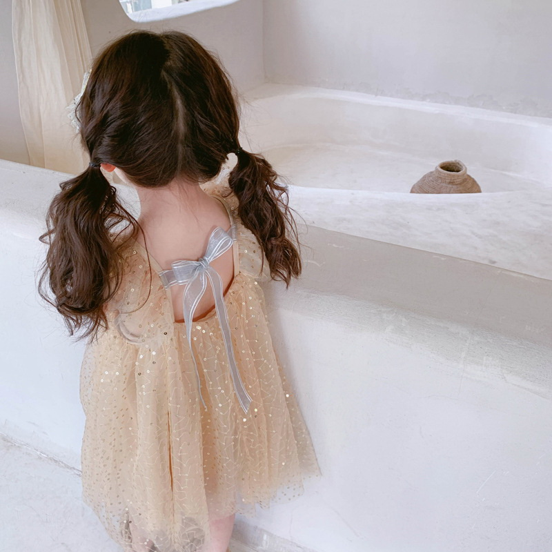 Wholesale 2019 Summer Children Girl Dress Sequins Khaki Flare Sleeve Loose Dress Gauze Princess Dress Children