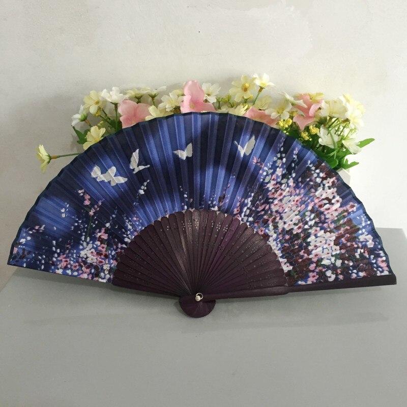 Darmowa wysyłka 30 sztuk/partia japoński styl bambusa ramki prawdziwy jedwab ręcznie wentylator do dekoracji z kwiat wiśni i motyl wzory w Prezenty imprezowe od Dom i ogród na  Grupa 1