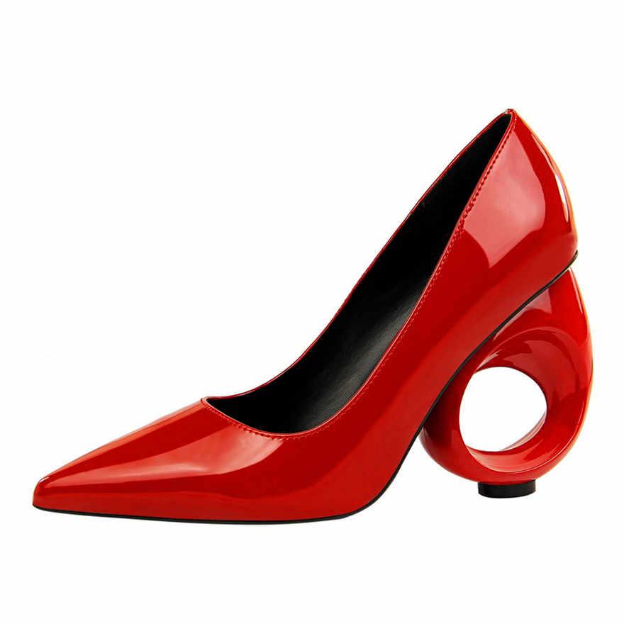 Klasik Fretwork topuklar parti ayakkabı 2019 yeni Patent deri sığ kadın pompaları sivri burun moda kadın yüksek topuklu 10cm ayakkabı