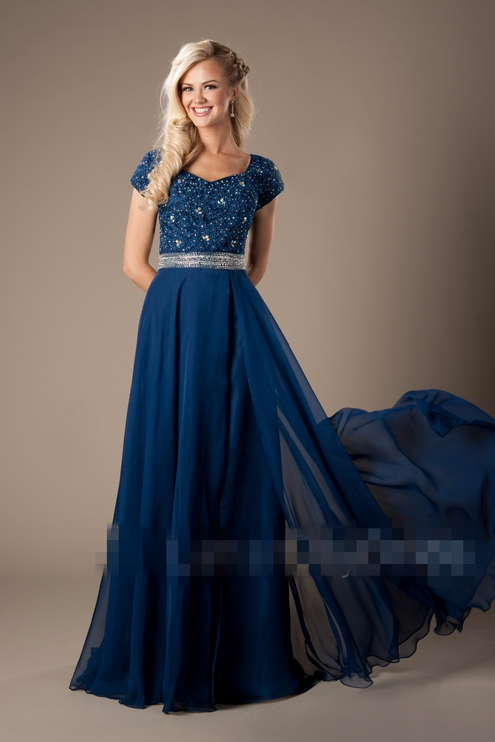 2017 Blue Lace Chiffon Modest Prom Dresses With Cap