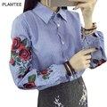 Цветок Вышивка Блузы с Полосатый Однобортный Рубашки для Женщин Clothing Мода Весна Сорочка Femme Новый Дамы Топы