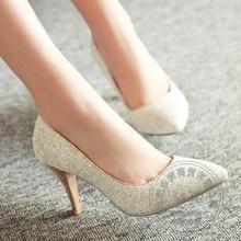 กริชผู้หญิงแต่งตัวรองเท้าแต่งงานปั๊มเลื่อมG LitterระยิบระยับใบบนหนังPuทองสีเขียวพรหมพรรคบางที่นิยมมากที่สุด