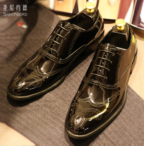 Italian Black Bullock carved oxford shoes British style men's wedding dress shoes formal business bright leather shoes Oxford 44 oxford borboniqua oxford