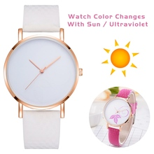 Women Wrist Watches Leather Strap Simple Fashion Quartz Watches In Direct Sunlig
