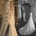 2016 elegante Spaghetti Straps cordón del amor Appliques sirena vestido de boda Backless tren capilla por encargo