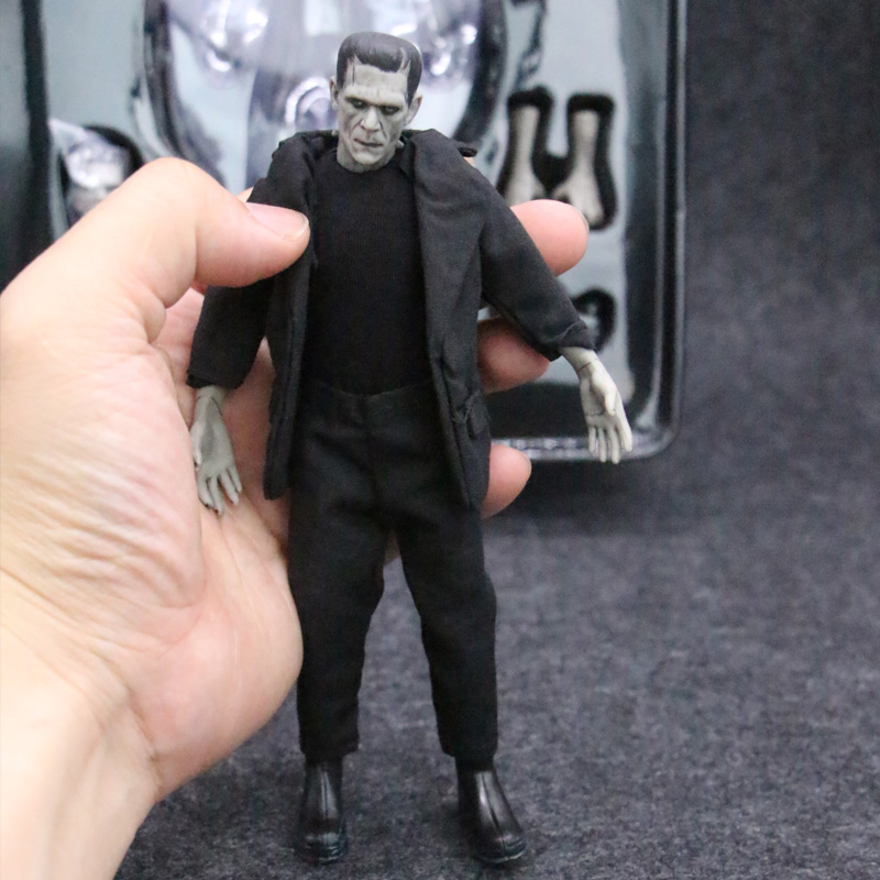 Mezco Mary Shelley's Frankenstein One:12 Collective BJD Figure Toys 16cm