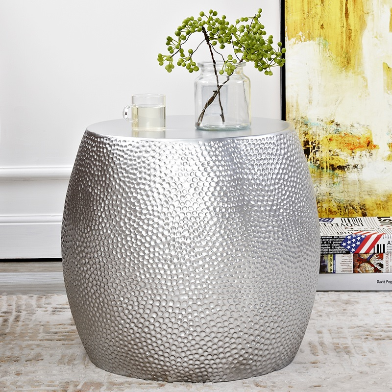 41cm High Metal Drum Shape Coffee Table / Made of Fiberglass with Silver Appearance41cm High Metal Drum Shape Coffee Table / Made of Fiberglass with Silver Appearance