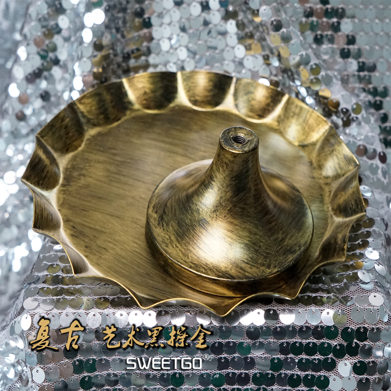 Golden cake stand wedding props cake tray free shipping in Stands from Home Garden