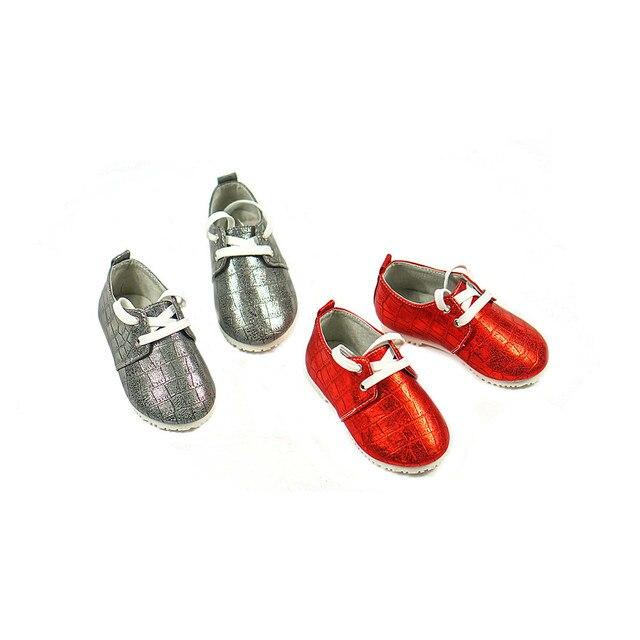 Новый Впервые Ходунки шнуровке Кожаные Детские Мокасины Chaussure ручной Детская Обувь Bebe новорожденные обувь Бесплатная доставка
