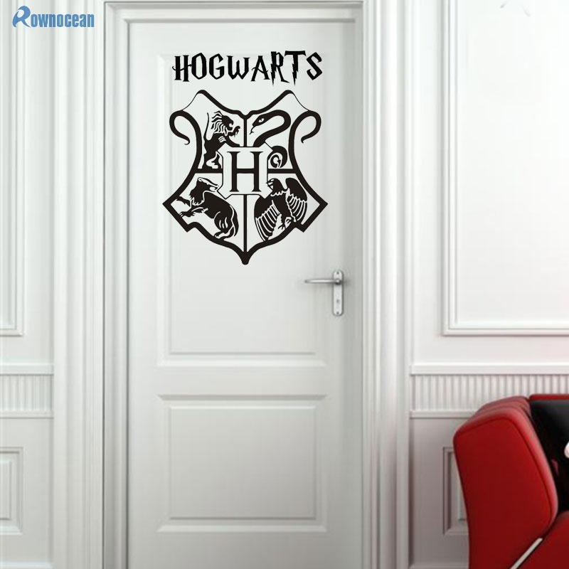 Harry Potter Hogwarts Shield Logo Coat Of Arms Door Decor