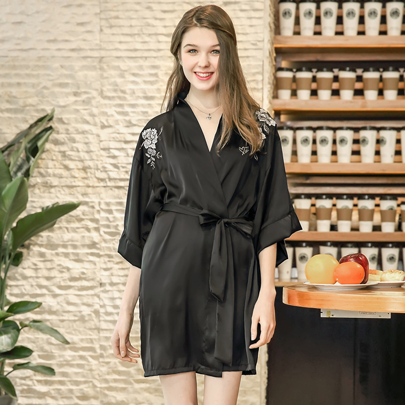2018 new faux silk sleepwear robe female summer Single dressing gown with embroidery flowers belts bathrobes