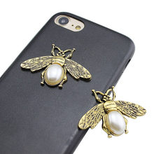 Engood 2018New 50Pcs Retro Alloy Pearl Bee button for Wedding hair accessories and Decorative phone case LP86(China)