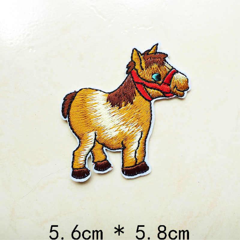 Pájaro lindo camello conejo perro caballo bordado tigre de hierro en parches Animal insignias para prendas de vestir pegatinas de aplicación de costura