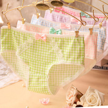 Quecoo 2016 Girl Series printing plaid cotton underwear women cute bow sexy lace panties Women
