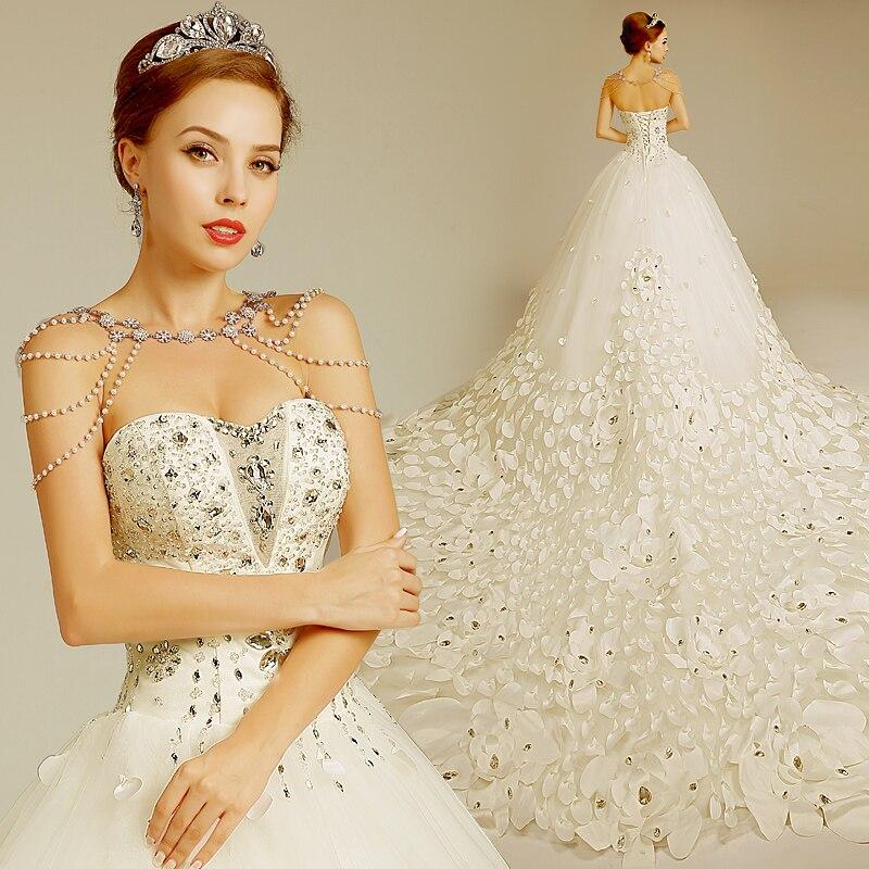 2017 Elegant 3d Flowers Designer Long Train Custom Made Bridal Gown ...