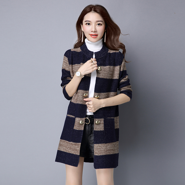 Autumn and winter cardigan sweater coat Girls long section of thick long-sleeved sweater pocket Korean blouse outside the ride