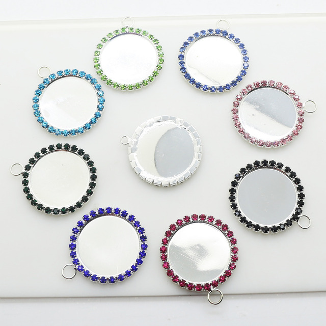 10Pcs Lot NEW Fashion 32mm Round with Hooks Mix Color Rhinestone Buttons  Festive Party Decoration 06cb35edf712