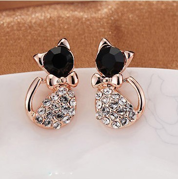 Cat Shaped Stud Earrings with Rhinestone