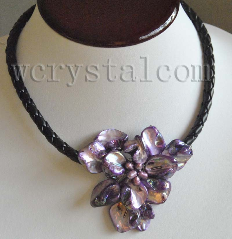 One purple shell flower floral cultured pearl necklace