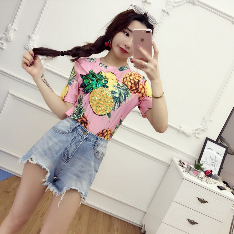 HTB1oEDWQVXXXXbMXpXXq6xXFXXXd - Top Hot Sequined Print Pineapple Women t shirt Short Sleeve