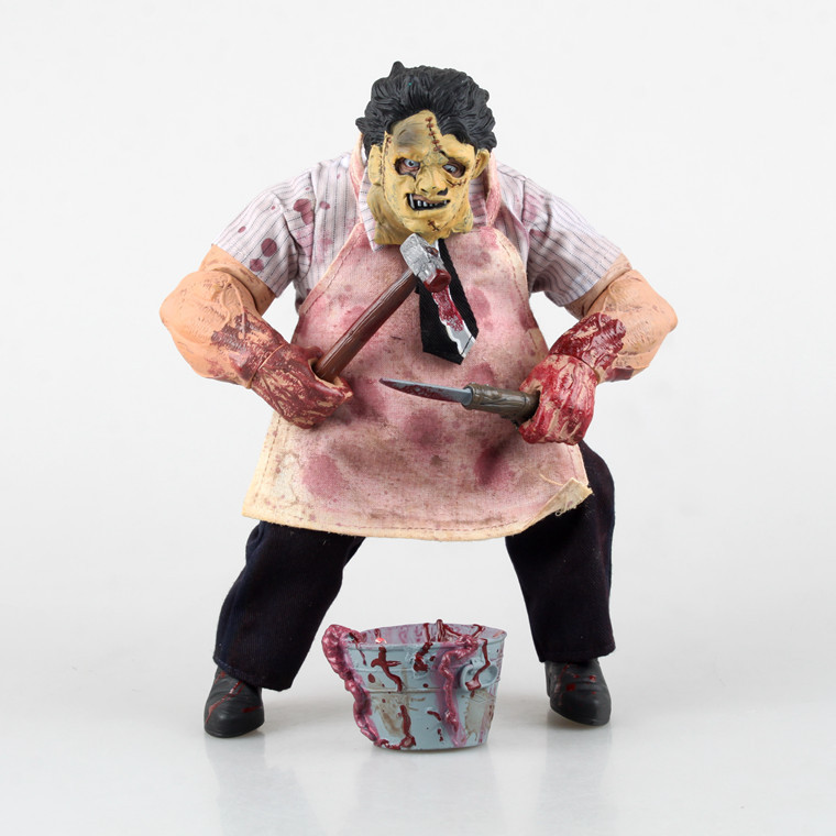 24CM Texas Chainsaw Massacre action figure collectible model toys for boys genuine mezco texas chainsaw massacre saw massacre pvc action figure collectible model toy christmas gifts free shipping