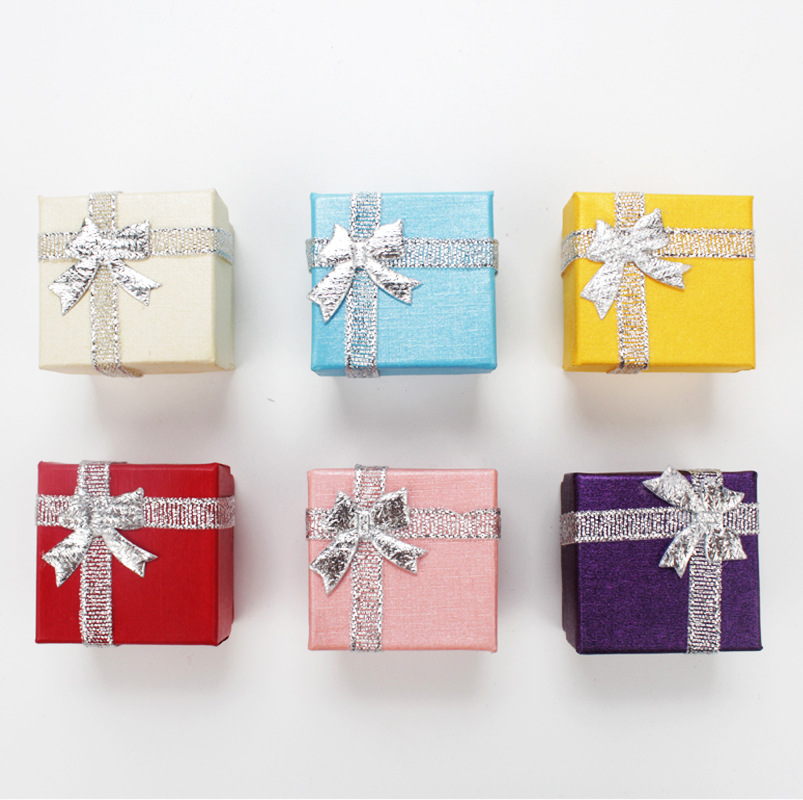 DoreenBeads 4*4*2.7cm Paper Ring Box Silver Ribbon Jewelry Box Small Earrings Box Wholesale Classic Trendy Multicolor 1 Piece