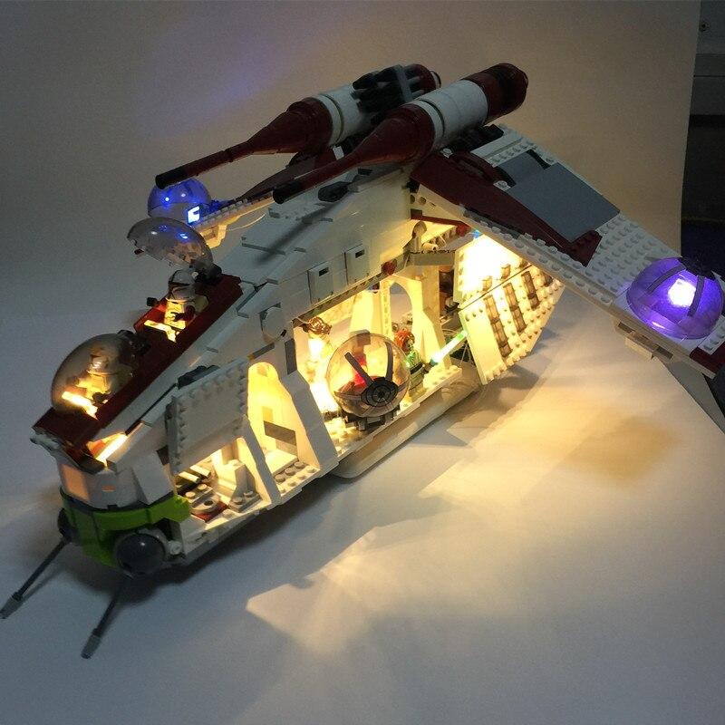 LED lumière kit pour lego 75021 et 05041 star Wars La République Gunship blocs de construction (seulement lumière kit inclus)
