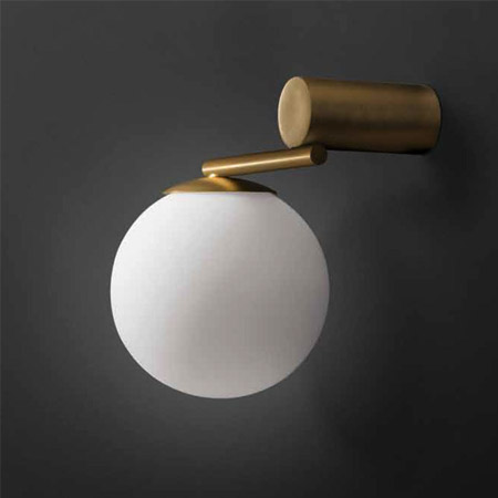 Postmodern contracted berth lamp wall lamp Nordic bronze sitting room bedroom study American example room lighting runail лампа ccfl led 18 вт