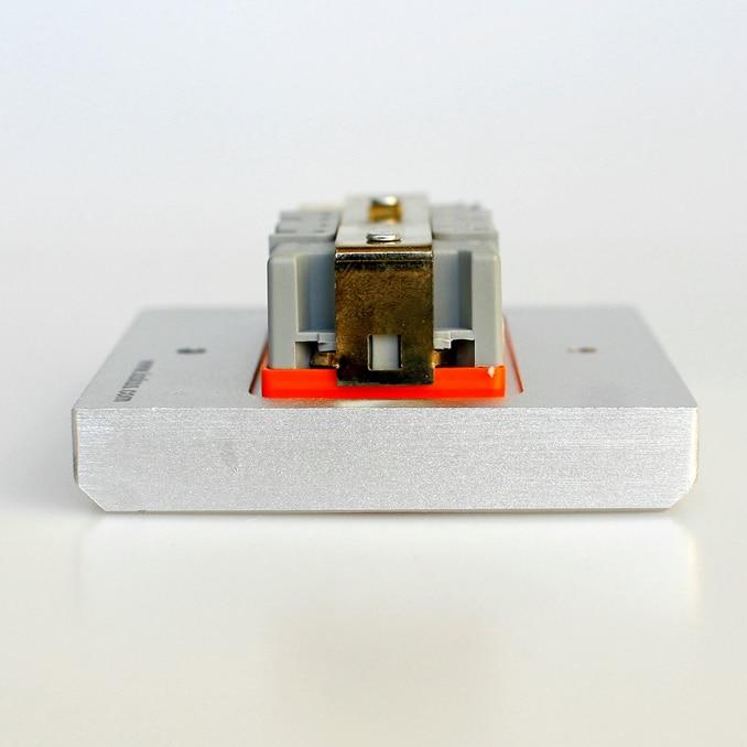 power wall socket