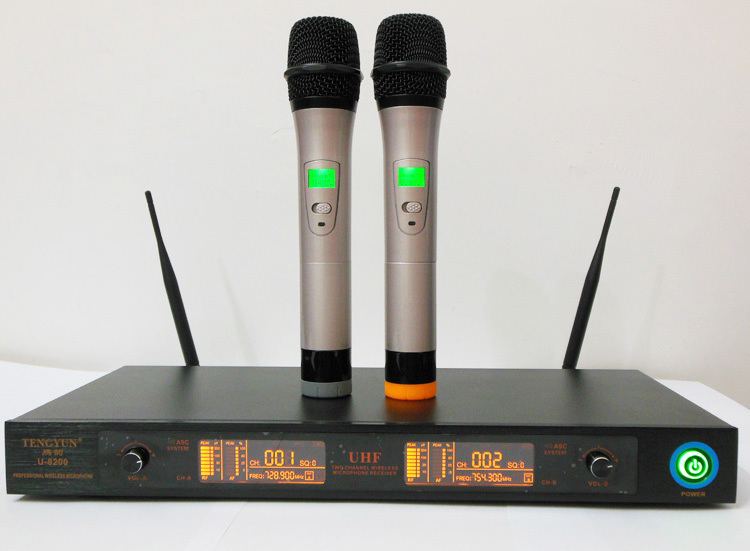 2 channels U-8200 wireless microphone system professional ktv  /  speech / teaching / stage performance / New Arrival !