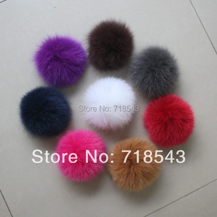 Real Fox Fur Ball Fur Pom Pom for Women Hot Sale for Winter Fur Hats and  Children Accessories for Women Child Fur Beanie   Hat-in Skullies   Beanies  from ... bc744e5476