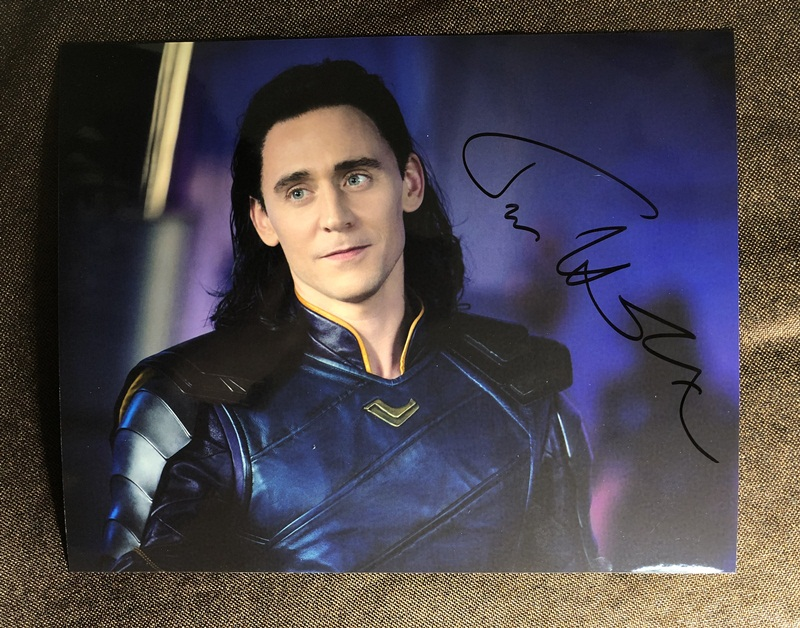 Us 59 99 Hand Signed Tom Hiddleston Avengers Endgame Autographed Photo 8 10 Inches 042019f In Cards Invitations From Home Garden On