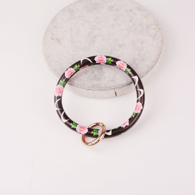 Rainbery New Fashion Monogram PU Leather O Custom Circle Wristlet Key chain 4