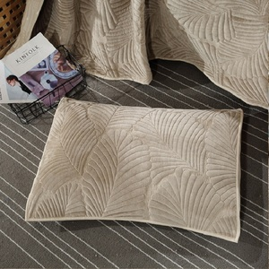 Image 3 - 3 חתיכה קטיפה כותנה שמיכת כיסוי המיטה סט אולטרה רך חם גדול מיטת כיסוי עלים דפוס יוקרה כיסוי המיטה כרית שמס