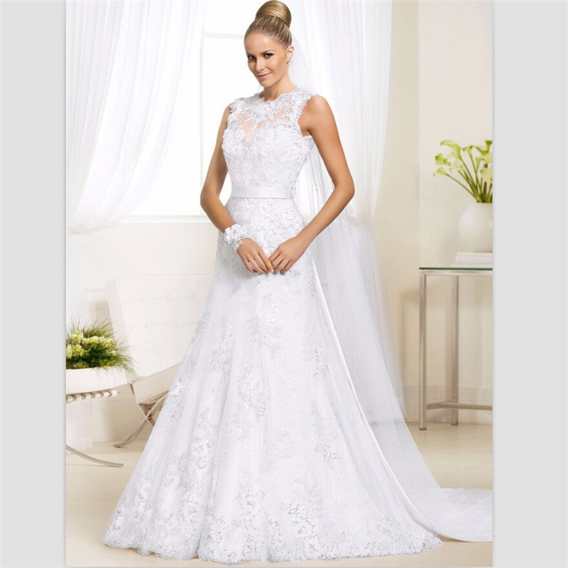 Bride Gowns 2015: 2015 Elegant White Lace Beach Wedding Dress Sweep Train