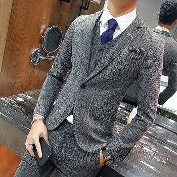 5464c1cd403 Boda formal desgaste Trajes y chaqueta de los hombres buena calidad Gray  Plaid Trajes moda masculina formal Trajes de vestir chaqueta Chaquetas +  pantalones ...