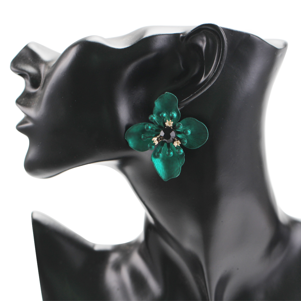 WNGMNGL 2018 New Sweet Red Yellow Green Flower Stud Earrings For Women Fashion Vintage Ear Accessories Elegant Female Brinco in Stud Earrings from Jewelry Accessories