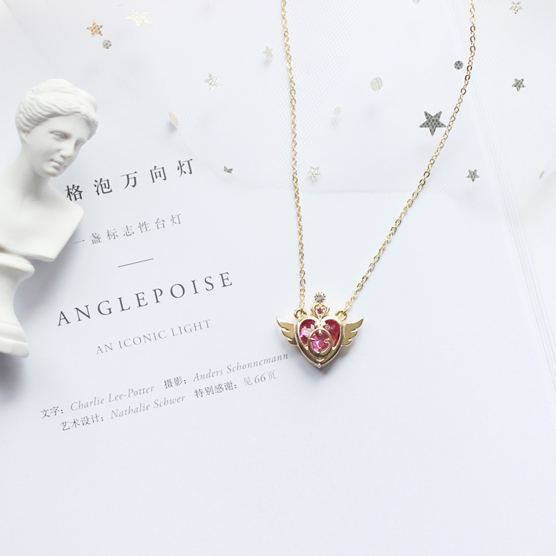 Anime Sailor Moon Pendant Cosplay Accessories Prop Tsukino Usagi Heart Shaped Jewelry Necklace